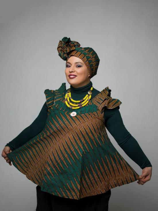 Samia orosemane femme de couleurs espace culturel for Garage ad la roquette sur siagne